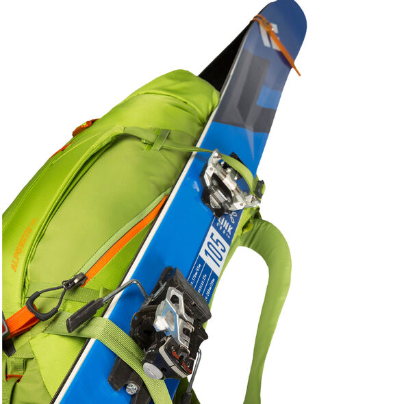 Alpinisto 35 in the color Lichen Green.